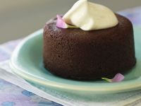 Round Chocolate Sponges with Cream Topping recipe