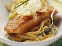 Saffron Spaghetti with Salmon recipe