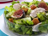 Salad Leaves with Fig and Chicken recipe