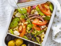 Salad with Broad Beans, Tomatoes and Wheat recipe