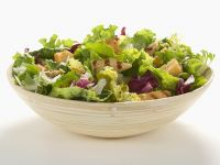 Salad with Chicken and Croutons recipe