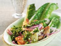 Salad with Chicken and Red Onions recipe