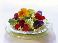 Salad with Edible Flowers and Beets recipe