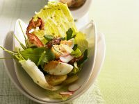 Salad with Eggs and Bacon recipe