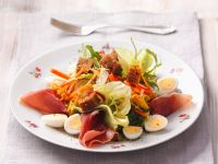 Salad with Eggs, Ham and Croutons recipe