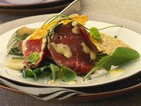 Salad with Roast Beef and Parmesan Crisps recipe