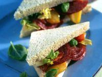Salami and Bell Pepper Sandwich recipe