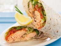 Salmon and Tomato Wraps recipe