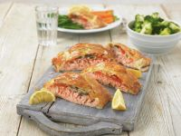 Salmon Fillet Wrapped in Puff Pastry recipe