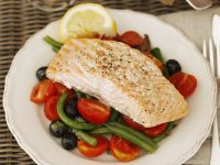 Salmon Fillets with Tomato-olive Salad and Green Beans recipe
