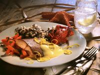 Salmon with Hollandaise Sauce and Carrots recipe
