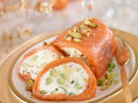 Salmon with Soft Cheese and Nut Filling recipe