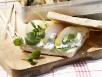 Sandwiches with Pear and Gorgonzola recipe