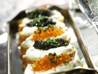 Sandwiches with Sour Cream and Caviar recipe