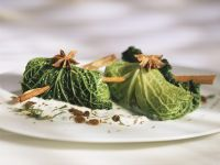 Savoy Cabbage Parcels with Yogurt and Raisins recipe