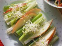Scallion and Apple Salad recipe