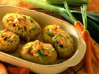 Scalloped Potatoes with Vegetable Filling recipe