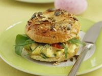 Scrambled Egg Bagel with Bacon recipe
