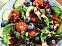 What Makes Blueberries So Healthy