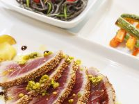 Seared Tuna with Pistachios recipe