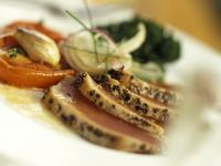 Seared Tuna with Spinach and Tomatoes recipe