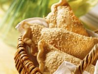 Sesame Pockets with Vegetable Filling recipe