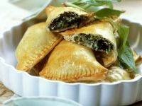 Shortcrust Spinach and Cheese Pastries recipe