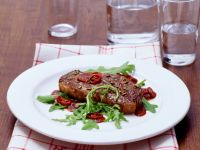 Sirloin Steaks with Arugula and Balsamic Vinegar Sauce recipe