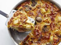 Skillet Frittata with Potatoes and Bacon recipe