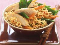 Sliced Chicken Noodle Bowl recipe