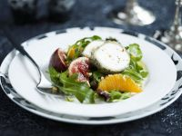 Sliced Goats' Cheese and Arugula Salad recipe