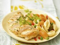 Sliced Golden Chicken with Shell Pasta recipe
