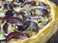 Sliced Onion Flakey Pizza recipe
