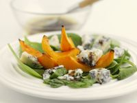Sliced Pumpkin and Blue Cheese Salad recipe