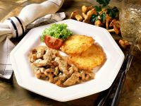 Sliced veal with Chanterelles and Potato Cakes recipe