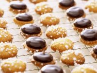 Small Almond Cookies with Toppings recipe