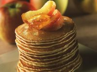 Small Pancakes with Apples and Orange Marmalade recipe