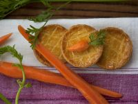 Small Pies with Carrots and Ground Meat recipe