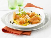 Smoked Salmon with Mango and Capers recipe