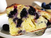 Soft Cheese and Berry Sponge recipe