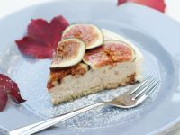 Soft Cheese Cake with Figs recipe