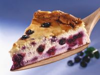 Soft Cheese Gateau with Berries recipe