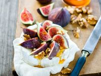Soft Cheese Wheel with Fruit recipe
