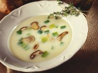 Soup with Leek and Mushrooms recipe