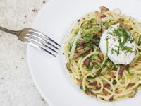 Spaghetti Carbonara with Cabbage and Poached Eggs recipe