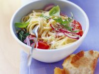 Spaghetti with Arugula, Tomatoes and Lemon Marinade recipe