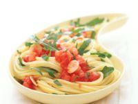 Spaghetti with Tomato and Arugula recipe