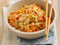 Spaghetti with Vegetables and Toasted Nuts recipe