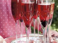 Sparkling Wine and Cassis Cocktails recipe