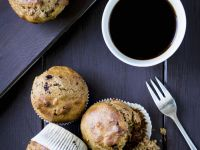 Spelt, Cranberry and Chocolate Muffins recipe